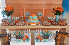 festa turquesa e laranja