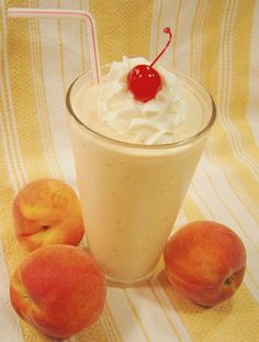 Peach Milkshake #milkshake RecipeZazz.com