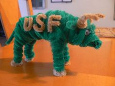USF Bull - 50  Pipe Cleaner Animals for Kids, http://hative.com/pipe-cleaner-animals-for-kids/,