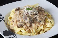 Pasta con salsa de boletus y foie. Una receta de pasta fácil de hacer con el toque sofisticado de la salsa de boletus y foie. ¡Delicioso!