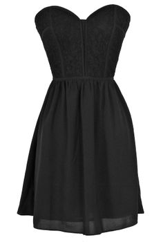 Sweetheart Strapless Dress in Black  www.lilyboutique.com