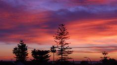 Atardecer otoñal en Rincón de la Victoria (Málaga) Victoria, Celestial, Sunset, Outdoor, Outdoors, Sunsets, Outdoor Games, The Great Outdoors, The Sunset