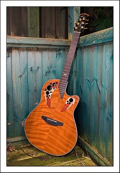 Ovation '2001' Collectors Edition