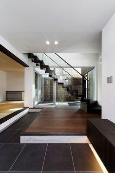 黒と白の色合いの家・間取り(大阪府八尾市) |高級住宅・豪邸 | 注文住宅なら建築設計事務所 フリーダムアーキテクツデザイン