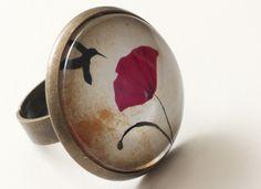 Anillo amapola y colibrí 25mm de Pero que monada! por DaWanda.com