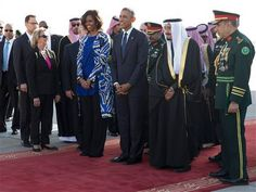 Barack Obama arrives in Saudi Arabia to pay respects to late King Abdullah  Read more: http://www.bellenews.com/2015/01/27/world/us-news/barack-obama-arrives-in-saudi-arabia-to-pay-respects-to-late-king-abdullah/#ixzz3Q2SyDsck Follow us: @bellenews on Twitter | bellenewscom on Facebook