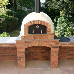 Fantastic examples of what can be achieved with our pizza oven kit range. Outdoor Kitchen Bars, Pizza Oven Outdoor, Backyard Kitchen, Outdoor Kitchens, Outdoor Rooms, Outdoor Living, Pizza Oven For Sale, Pizza Oven Kits, Pizza Ovens