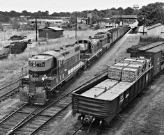 CG, Opelika, Alabama, 1952 Southbound Central of Georgia Railway freight train pulls into Opelika, Alabama, for brief switching duty in August 1952. Photograph by J. Parker Lamb, © 2016, Center for Railroad Photography and Art. Lamb-02-009-04