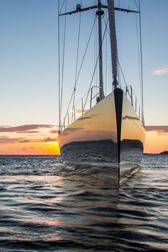 INUKSHUK yacht for charter with Fraser. She is an exceptional sail yacht build by Baltic Yachts in 2013 to the highest standards. Sailing Girl, Sailing Outfit, Sailing Ships, Sailing Boat, Yacht Design, Boat Design, Sailing Tattoo, Bateau Yacht, Baltic Yachts