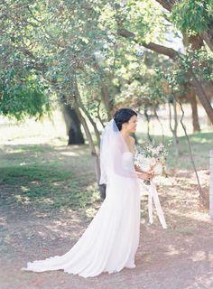 sodazzling.com | pretty bride | Romantic Dusty Pink Wedding from The Great Romance - thegreatromancephoto.com