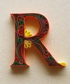 filigraan - Quilling - letter R Arte Quilling, Quilling Letters, Quilling Paper Craft, Quilling Designs, Paper Crafts, Diy Crafts, Paper Letters, 3d Paper, Quiling Paper Art