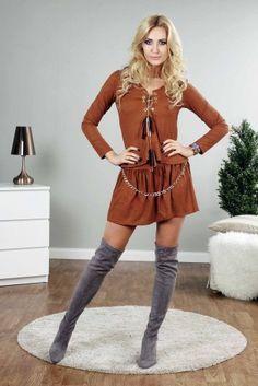 Damskie ubrania i akcesoria znajdziesz na fasardi.com