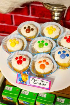 Paw Patrol Party Ideas and Supplies - Moms & Munchkins Paw Patrol Birthday Decorations, Paw Patrol Birthday Theme, Baby Birthday, Birthday Ideas, Paw Patrol Torte, Paw Patrol Cupcakes, Paw Patrol Pinata, Character Cakes, Puppy Party