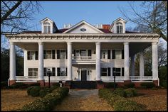 Antebellum mansion in Covington, Georgia