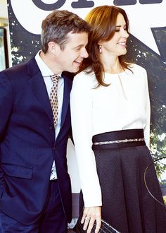 Crown Prince Frederik and Crown Princess Mary visited The Hudson's Bay in Toronto on day 3 of their tour in Canada. | September 19, 2014