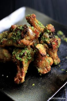 These parsley pesto coated wings are the perfect game day appetizer! Keto and paleo approved! Paleo Chicken Wings, Pesto Chicken, Low Carb Chicken Recipes, Healthy Recipes, Keto Recipes, Free Recipes, Healthy Food, Turkey Recipes, Ketogenic Recipes