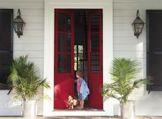Make your front entrance feel warm and inviting with these Benjamin Moore paint color ideas. Via @benjamin_moore
