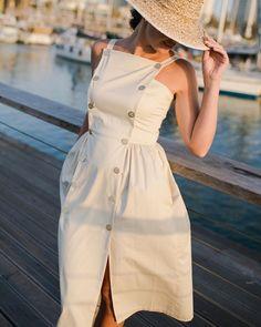 Летние платья для женщин после 40 -- 9 стильных образов
