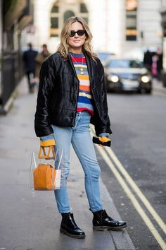 This February 2018, London Fashion Week's Street Style has been incredibly colourful. Check out the tips on how to liven up your wardrobe.