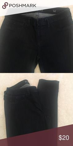 Size M no zip stretch jeans Dark denim skinny fit jeans .size M dark no zipper pull up with button effect cotton poly spandex design lab  Pants Skinny