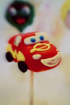 #lightningmcqueen #cars  Cars Cake pop by Evie and Mallow