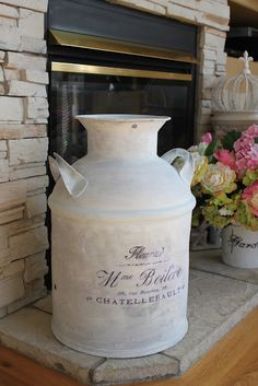 I was busy this last weekend making fun stuff. The first thing I made were some shabby French tea towels. Antique Milk Can, Vintage Milk Can, Country Chic, Country Decor, Rustic Decor, Painted Milk Cans, Paint Cans, Milk Can Decor, Old Milk Cans