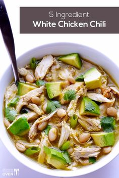5 ingredient White Chicken Chili Recipe - So Easy to make and cheap! http://www.gimmesomeoven.com/5-ingredient-easy-white-chicken-chili-recipe/