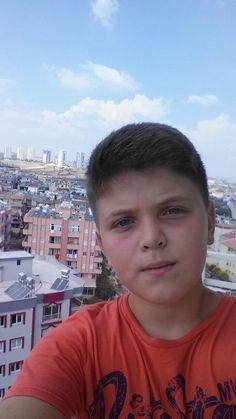 balkon selfiesi.