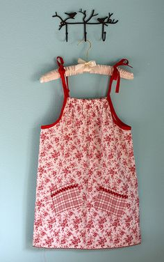 Pillowcase dresses for Africa For Brownies service project next year. Service Projects For Kids, Service Ideas, Pillowcase Dresses, Peasant Dresses, Simple Girl, Cool Girl, Little Girl Dresses, Girls Dresses, Sewing Tutorials