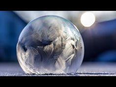 une bulle de savon gelée instantanément !!! - YouTube
