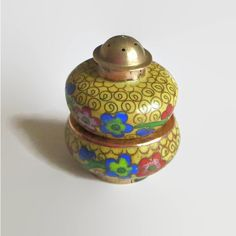 Cloisonne Salt Cellar Pepper Shaker Set, Vintage Red, Yellow, Blue... (€19) via Polyvore featuring home, kitchen & dining, serveware, red serveware and red pepper shaker