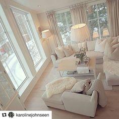 38 The Simple Romantic Living Room Trap 222 Living Room Inspiration, Simple Living Room Decor, Cream Living Room Decor, Romantic Living Room, Living Room Designs, Living Decor, House Interior, Room Decor, Apartment Decor