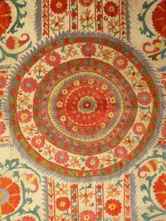 Central Asian Susani 1970's   World Costumes & Textiles   Meg ...