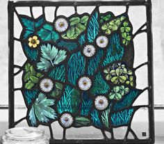 Stunning daisy and clover design by www.deblowe-glass.co.uk - even better in real life...the textures are beautiful.