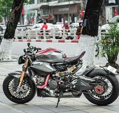 Ducati 1199 Panigale Naked Custom