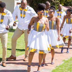 No1 Côte d'ivoire Wedding Blog sur Instagram: 😍🔥🔥 #Inspiration #SouthAfrica En pays Venda (Nord-Est de l'Afrique du Sud). Credit photos: #Tshepowedsrachel