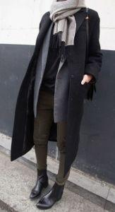 #fall #fashion / gray knit scarf + black trench coat