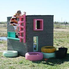 Kids Playhouse for outside | Luona-pihasaunat | Huvimaja-leikkimökki #outsideplayhouse #playhousebuildingplans #playhousesforoutside