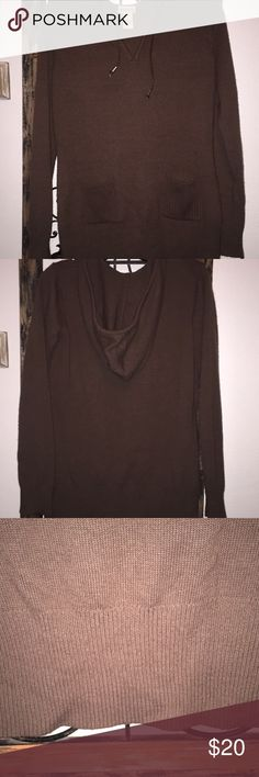 Hooded sweater Brown Riff Hewn brown pullover hooded sweater. Has a V neck with ribbed cuffs and waistline! Had braided hood ties with silver ends of the braid. 2 small pockets on the lower part of the sweater! Like new! Not heavy, quality sweater Ruff Hewn Sweaters
