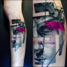 Michelangelo's David inspired graphic style tattoo. Artista Tatuador: Vlad Tokmenin