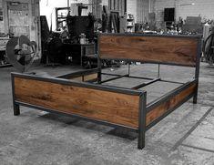 DIY Industrial Bed Frame Design Ideas For Inspiration - Cama Industrial, Industrial Bed Frame, Industrial Design Furniture, Furniture Design, Welded Furniture, Steel Furniture, Garage Furniture, Steel Bed Design, Steel Bed Frame
