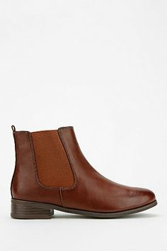 BDG Classic Chelsea Ankle Boot