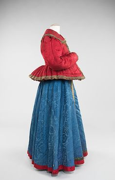 Dress Date: 1840–80 Culture: Russian Medium: silk, metal, linen Dimensions: Length at CB: 51 in. (129.5 cm) Credit Line: Brooklyn Museum Costume Collection at The Metropolitan Museum of Art, Gift of the Brooklyn Museum, 2009; Frederick Loeser Fund, 1918 Accession Number: 2009.300.607