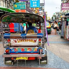Khao San Road my fav place in Bangkok. #InvisiblePlaces  ______________________________  #Khaosan #road #Bangkok #Thailand #street #city #urban #life #travel #world #discover #explore #surprise #magic #home #universe #abundance #magic
