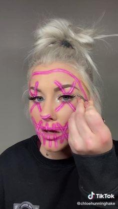 Creepy Makeup, Eye Makeup Art, Clown Makeup, Costume Makeup, Horror Makeup, Maquillage Cosplay Anime, Disney Princess Makeup, Disney Makeup, Amazing Halloween Makeup