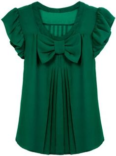 emerald green blouse--love the girlie look of this Green Blouse, Green Dress, Bow Blouse, Green Shirt, Pretty Outfits, Cute Outfits, Mode Inspiration, Fashion Inspiration, Mode Style
