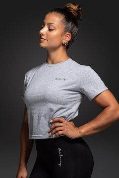 Milary Womens Grey T-Shirt Yoga, Outfit Goals, Komfort, Fitness Motivation, T Shirts For Women, Grey, Mens Tops, Fashion, Fitness Wear