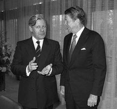 Helmut Schmidt, Ronald Reagan