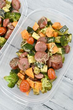 One pan roasted vegetables and sausage recipe that is a delicious dinner and makes a great meal prep bowl option! It tastes so good & clean up is a breeze!