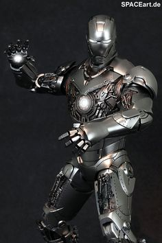 Iron Man 2: Mark II Armor Unleashed, Voll bewegliche Deluxe-Figur ... http://spaceart.de/produkte/irm001.php